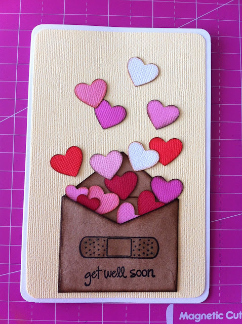 Tim-Holtz-distress-ink-hearts-card