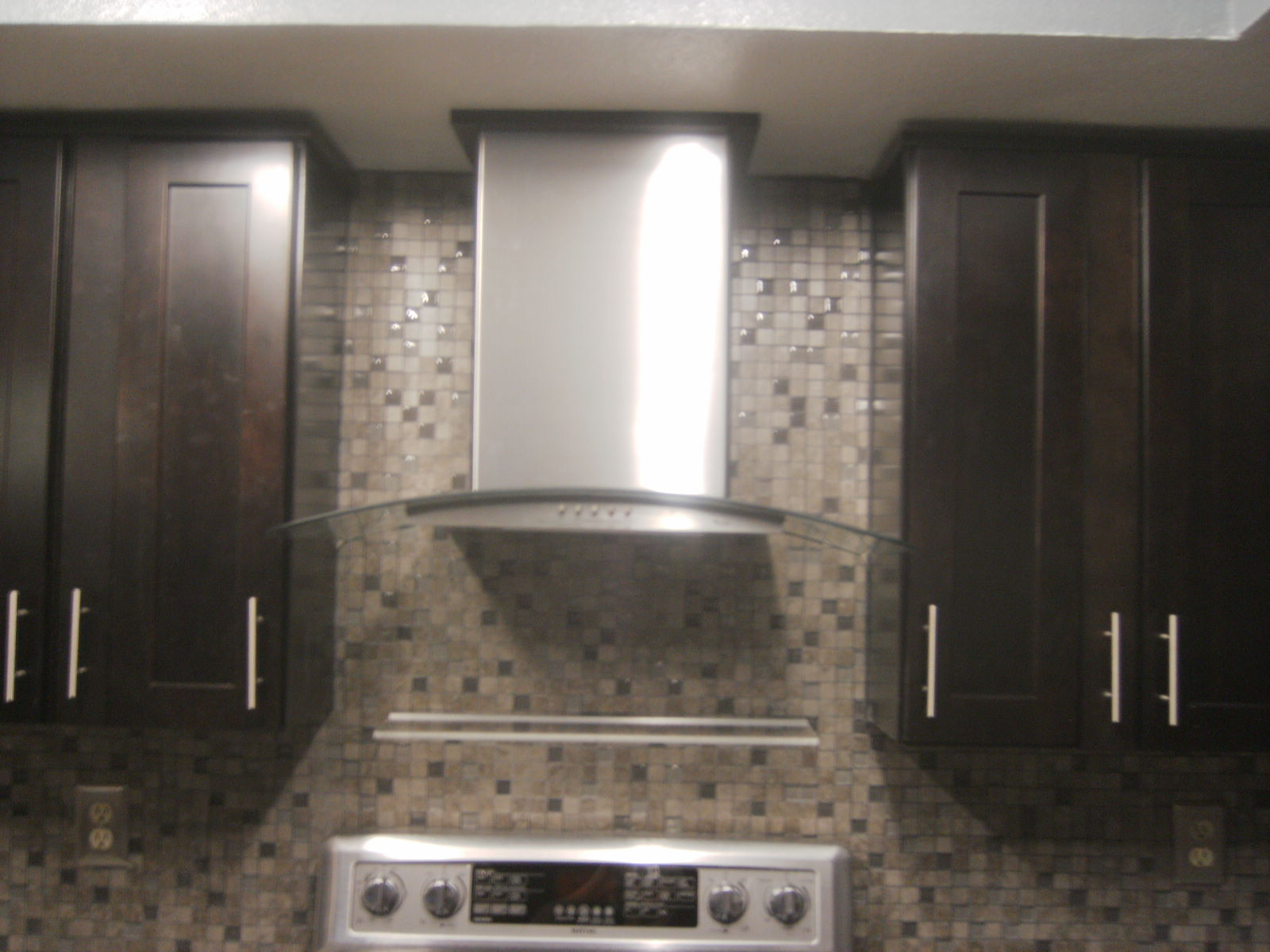 Kitchen backsplash and new hood vent for Kitchen exhaust hood