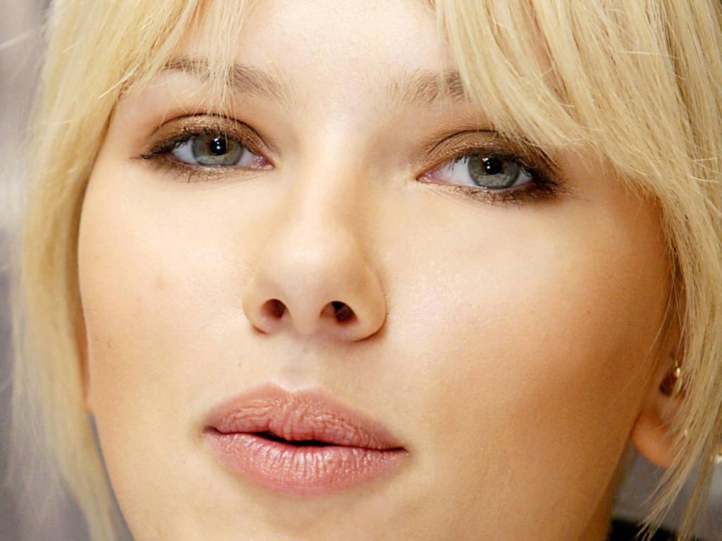 SCARLETT JOHANSSON WAL... Scarlett Johansson Wallpaper