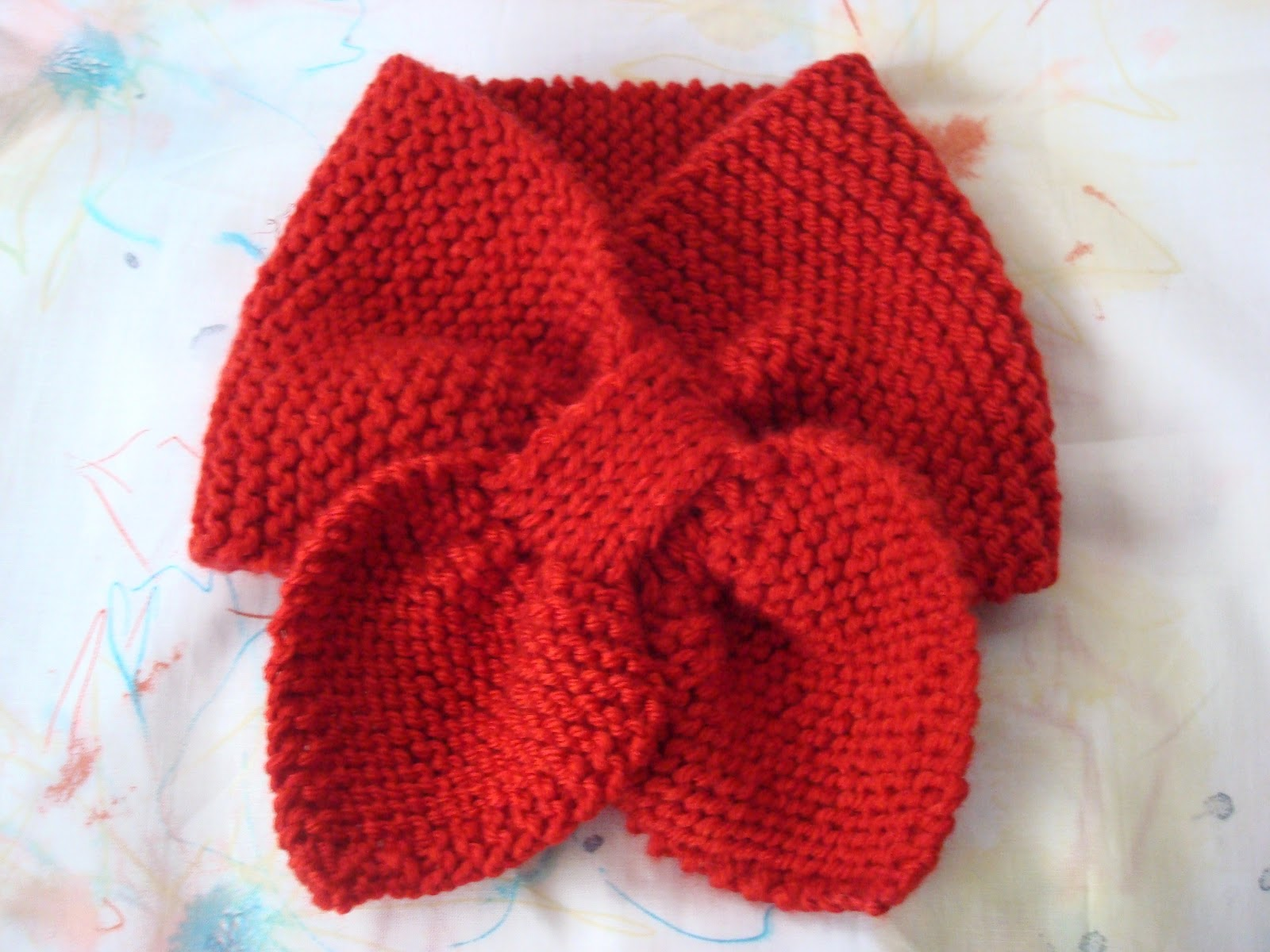 Bow Tie Knitting Pattern : petit purls: baby bow-tie scarf