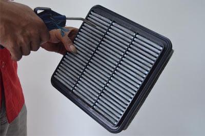 Hemat BBM dengan Menjaga Kebersihan Saringan Udara