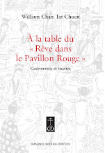 A la table du rve dans le Pavillon Rouge