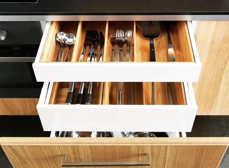 Kp decor studio una cocina de madera en ikea for Cajoneras de madera para cocina