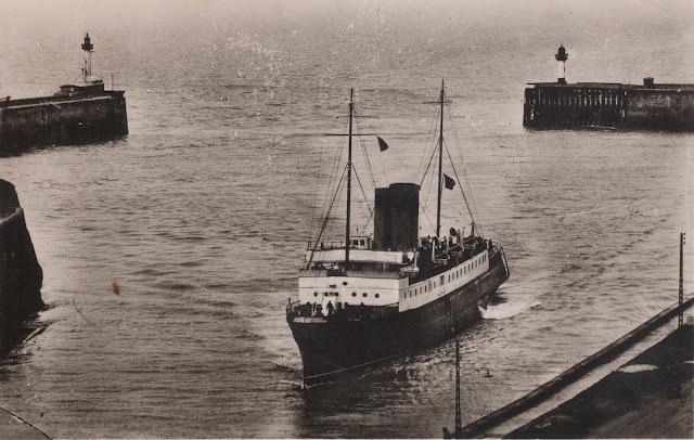 archives maritimes arriv e du ferry de newhaven dieppe. Black Bedroom Furniture Sets. Home Design Ideas