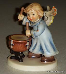 """""""Divine Drummer"""" Hummel #2096/M"""