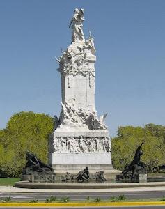 MONUMENTO DE LOS ESPAÑOLES EN EL PARQUE PALERMO DE BUENOS AIRES