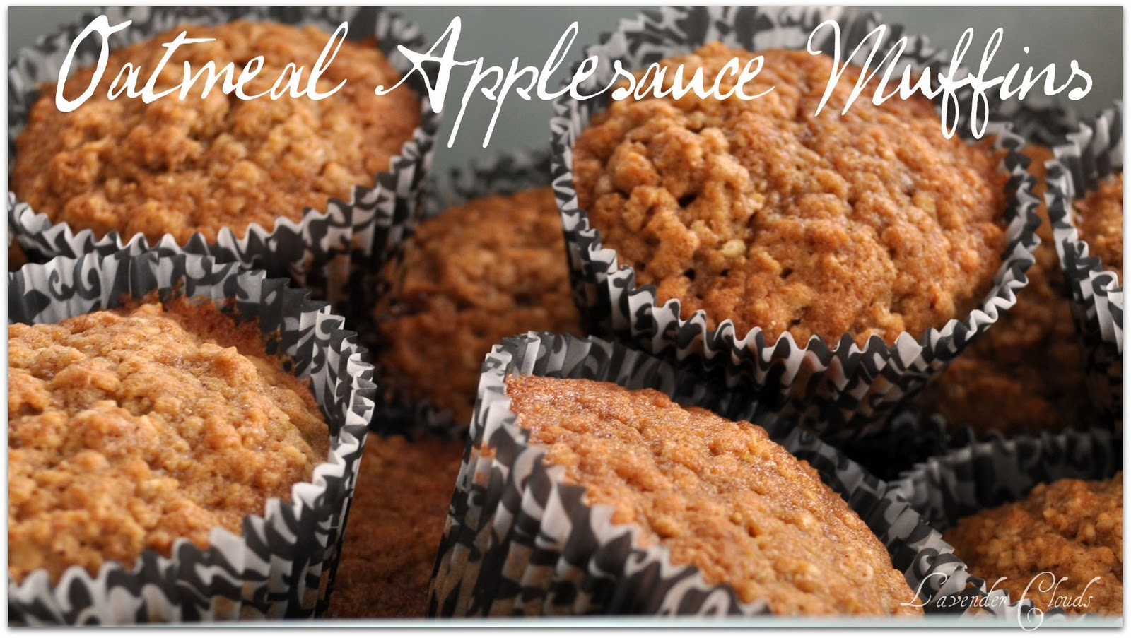 Lavender Clouds: Oatmeal Applesauce Muffins {Pampered Chef Recipe}