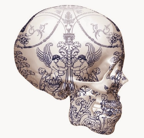 02-Delft-Skull-Angels-Of-Dark-&-Light-Delft-Porcelain-British-Artist-Magnus-Gjoen-www-designstack-co