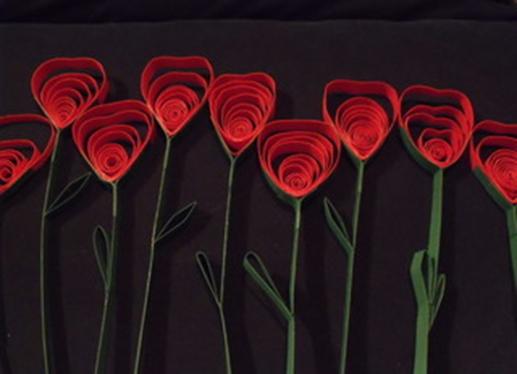 http://www.manualidadesinfantiles.org/rosas-de-cartulina-para-sant-jordi