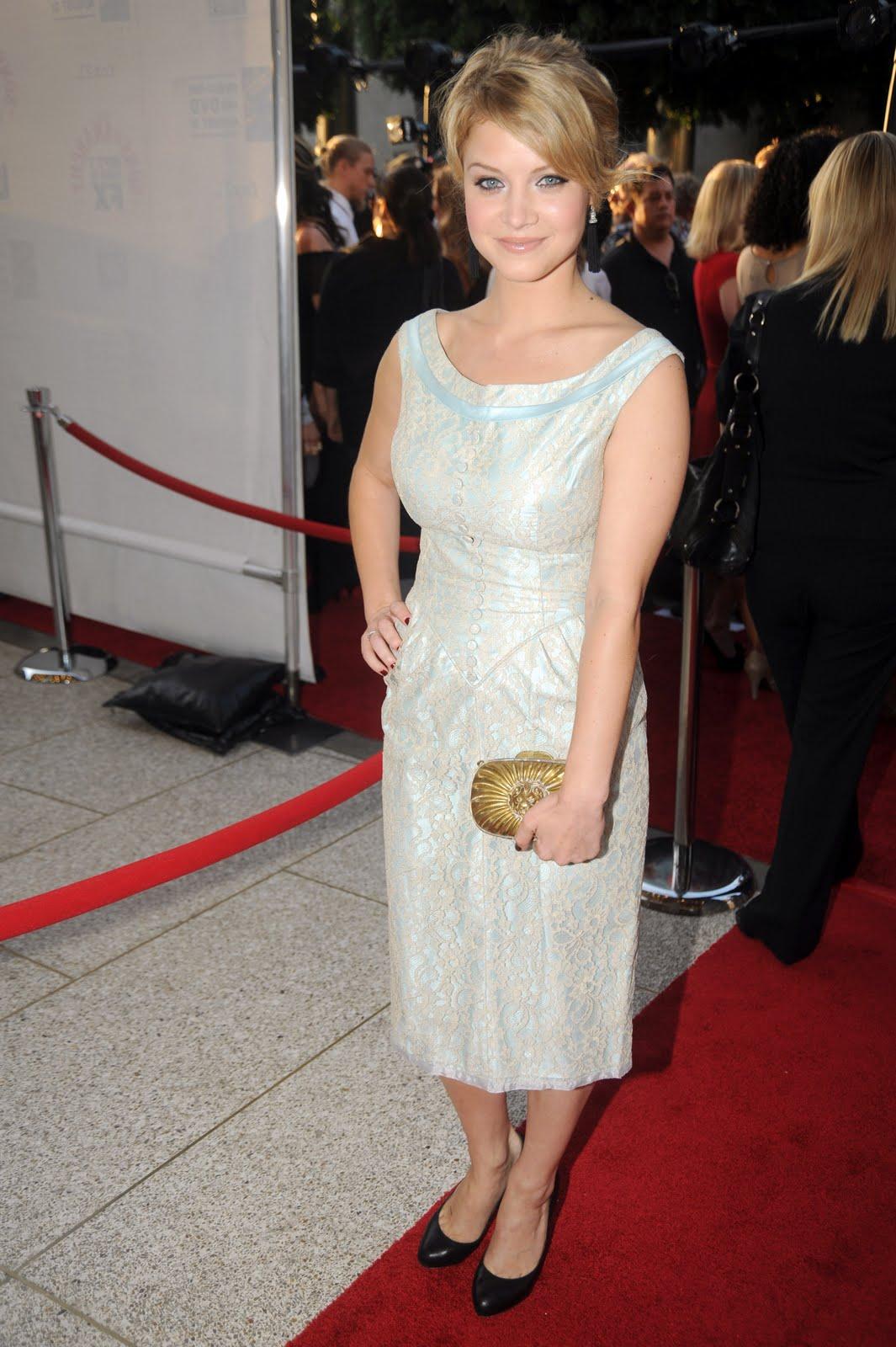 sarah jones actress justified