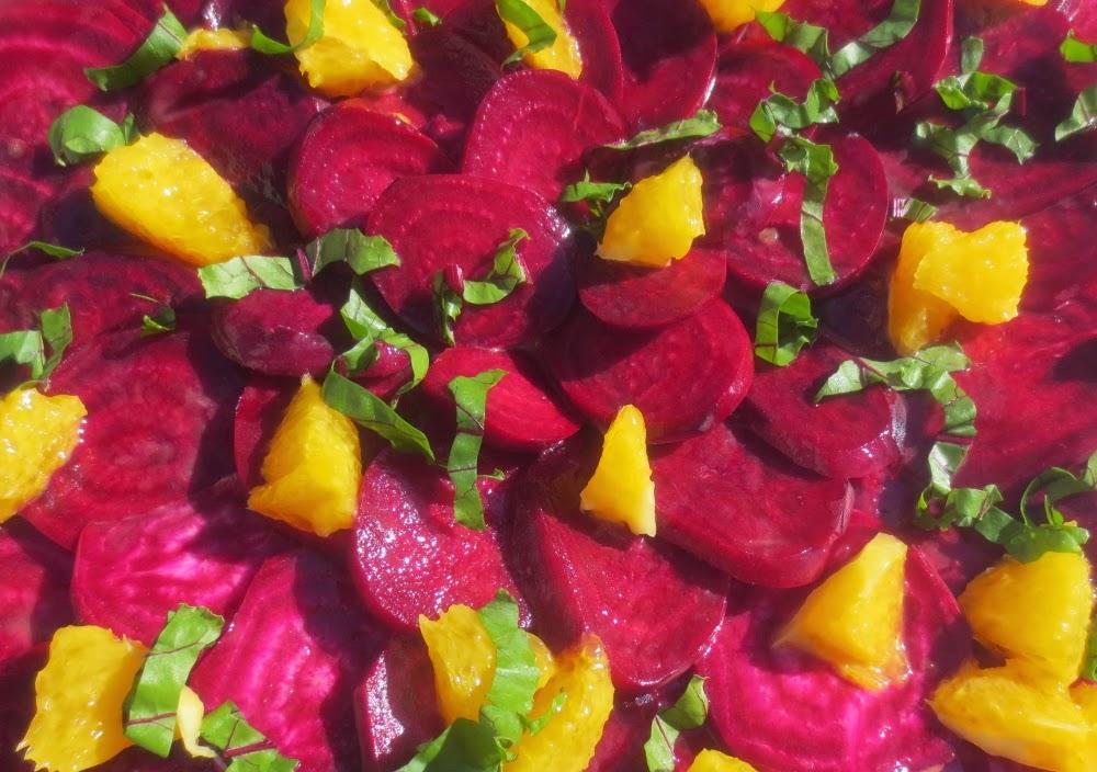 Rote Bete Carpaccio mit Orangen-Olivenöl-Emulsion