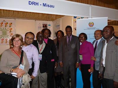 Visita do Ministro da Saúde a Exposição do DRH. By Devan Manharlal