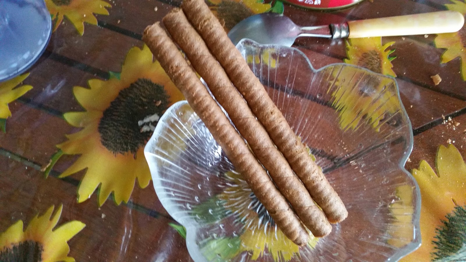 http://www.passaparolablog.com/2014/09/recensione-papadopoulos-caprice.html