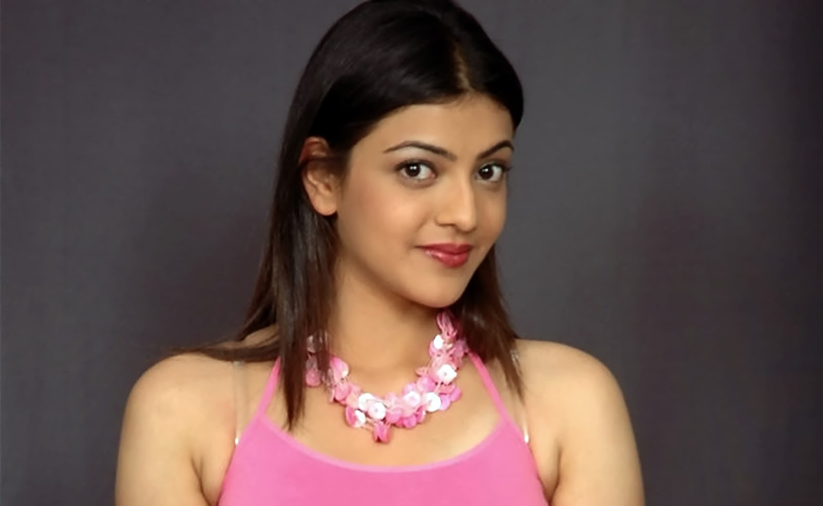 wallpapers million free visitors: kajal agarwal hot hd wallpapers