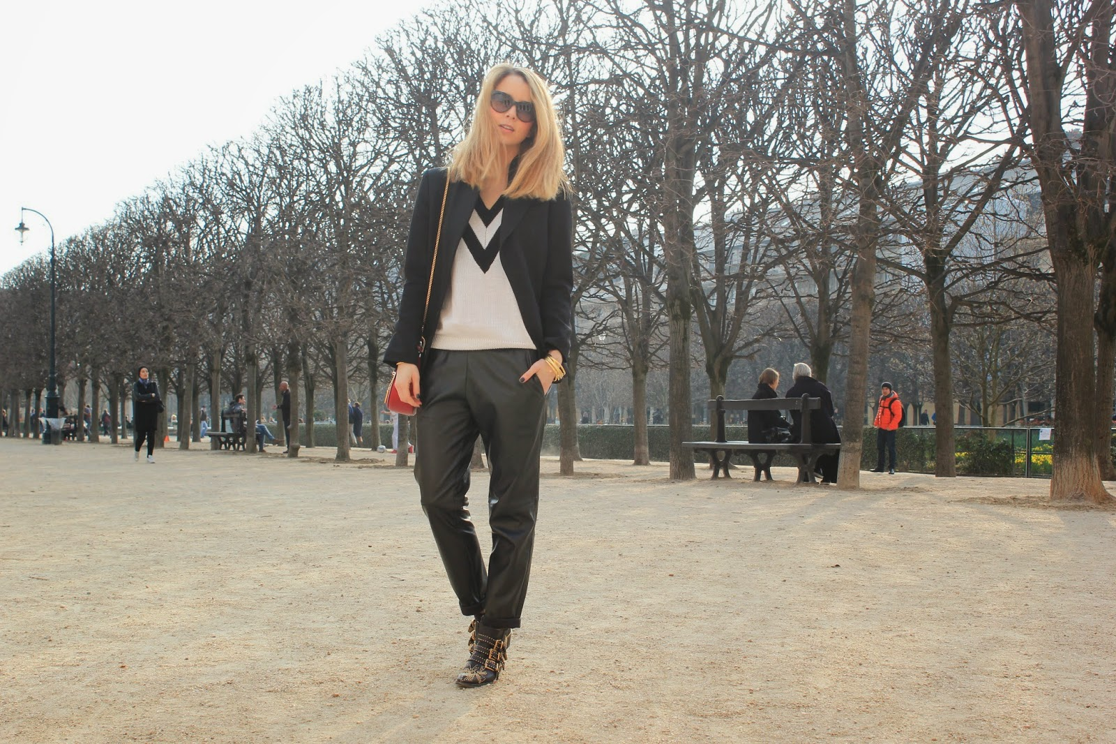 vanessa bruno, paris, chloé, streetstyle, palais royal