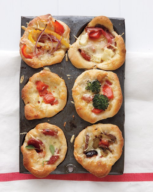 Mini deep dish pizzas (baked in a muffin pan!)