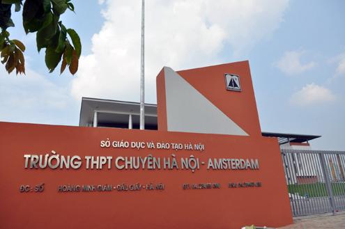 Trường Hà Nội Amsterdam