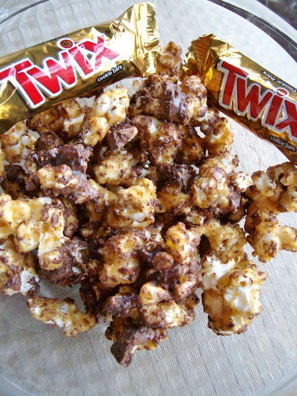 The Foodie RD: Twix Caramel Popcorn