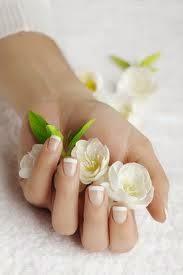 13 sposóbów na piekne i długie paznokcie!