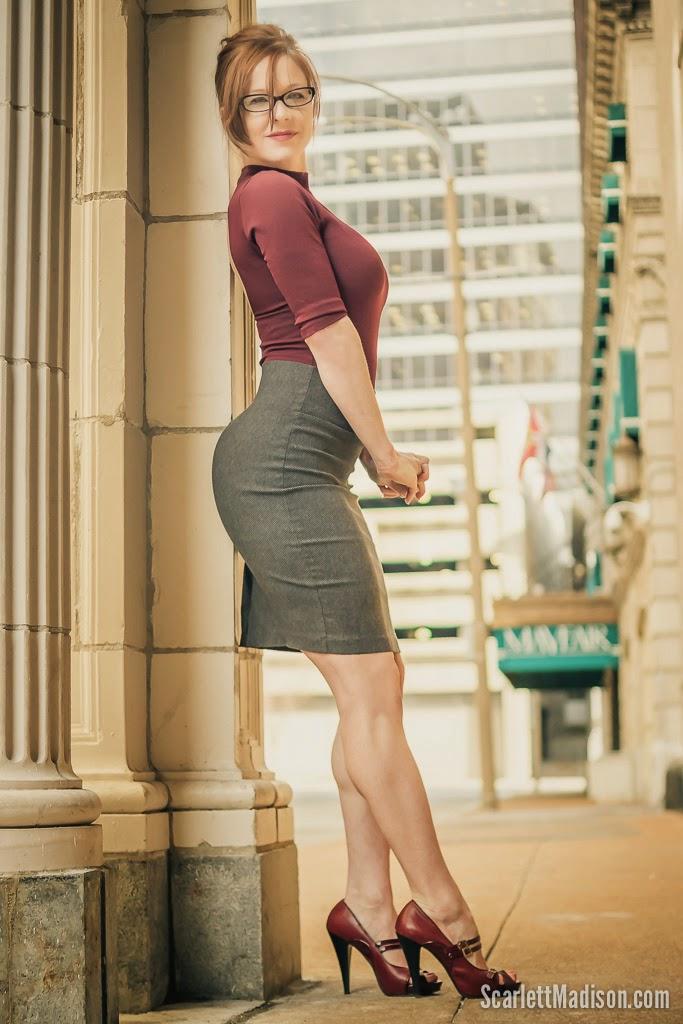 Women S Muscular Athletic Legs Especially Calves Daily