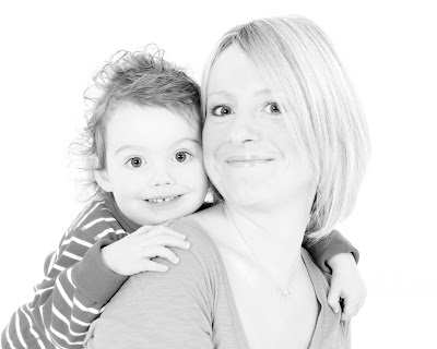 mother and toddler, happy photographs, baby pictures, kirriemuir