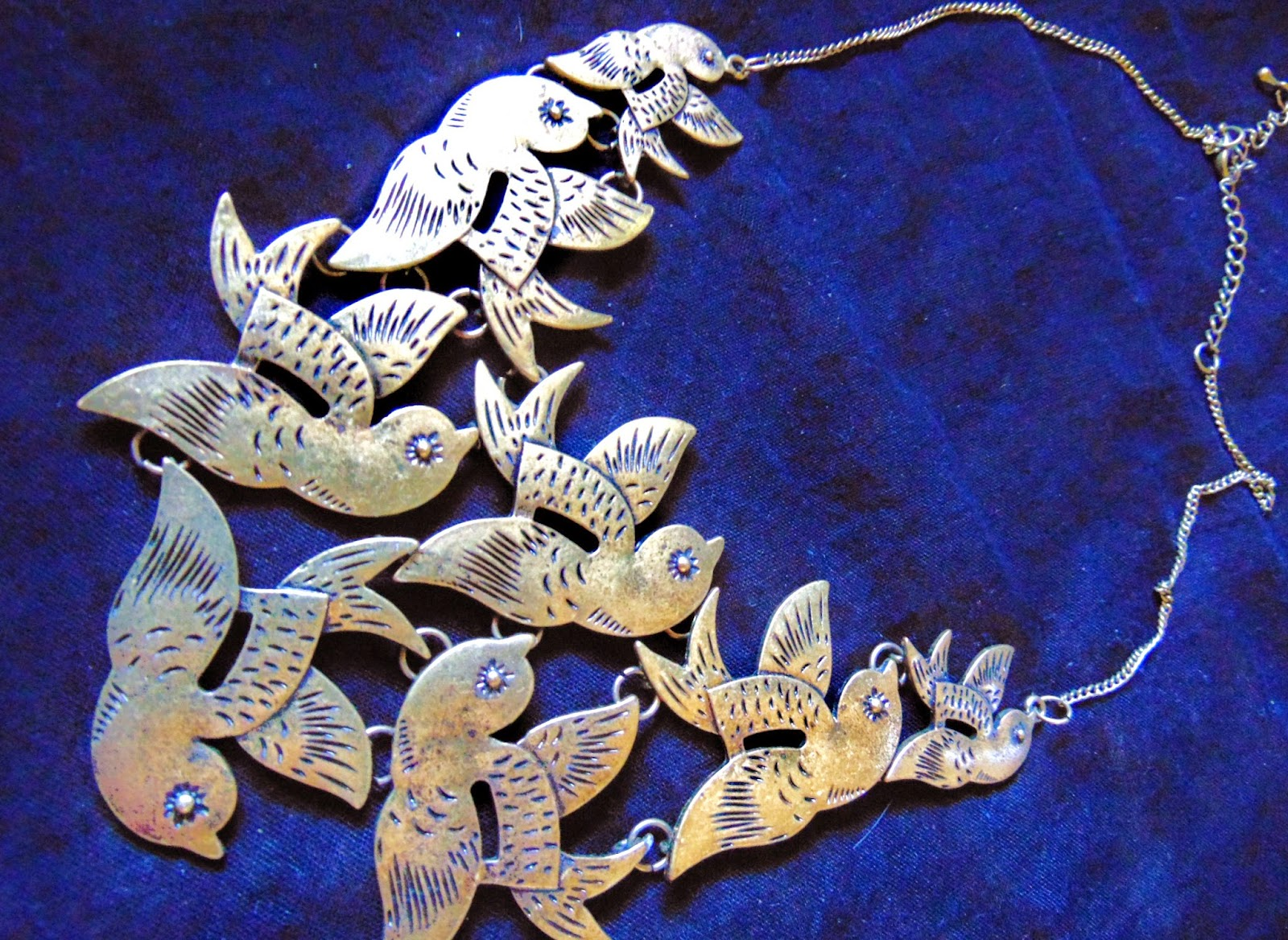 bird cluster necklace