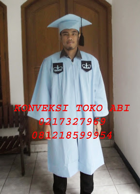 Konveksi Pembuatan Toga Wisuda di Jakarta Selatan: Cilandak, Cipete Selatan, Gandaria Selatan, Cilandak Barat, Lebak Bulus, Pondok Labu