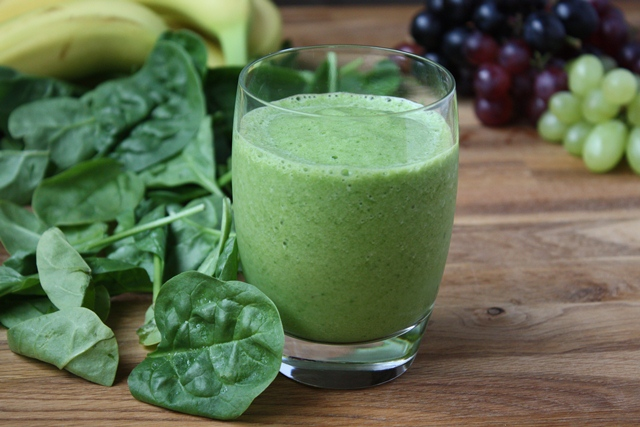 Favorite Green Smoothie recipe by Barefeet In The Kitchen