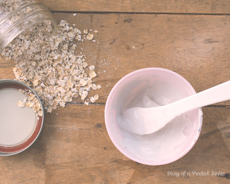 Oatmeals in a jar and kaolin and water mixed to make a clay mask