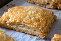 http://foodiefelisha.blogspot.com/2013/02/easy-puff-pastry-no-buter.html