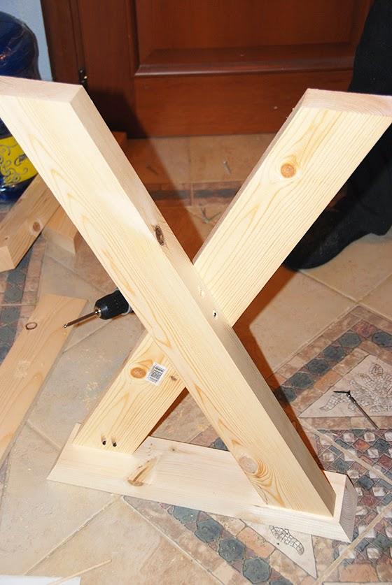 Как сделать ножки у стола