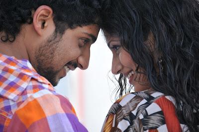 Neeku Naku Madya Movie Stills Pics Photo Gallery event pictures