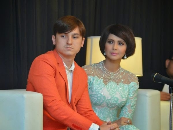 lagi, berita mengenai Ammar pergi ke kelab malam memang dia dan isteri