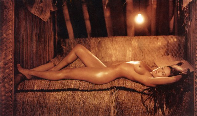 tia carrere sex