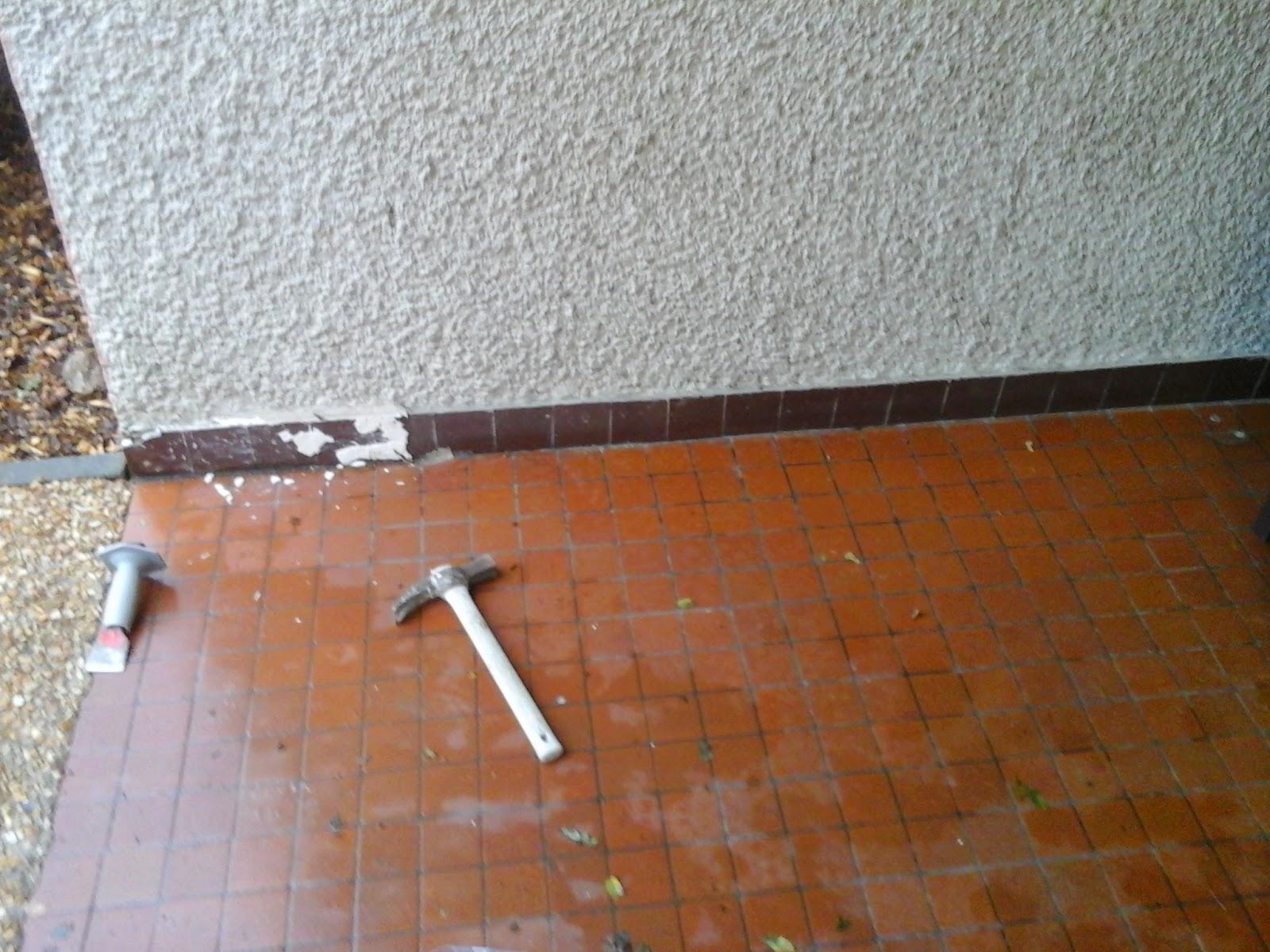 Chape liquide carrelage fa ence rev tements des sols for Retirer colle moquette sur beton
