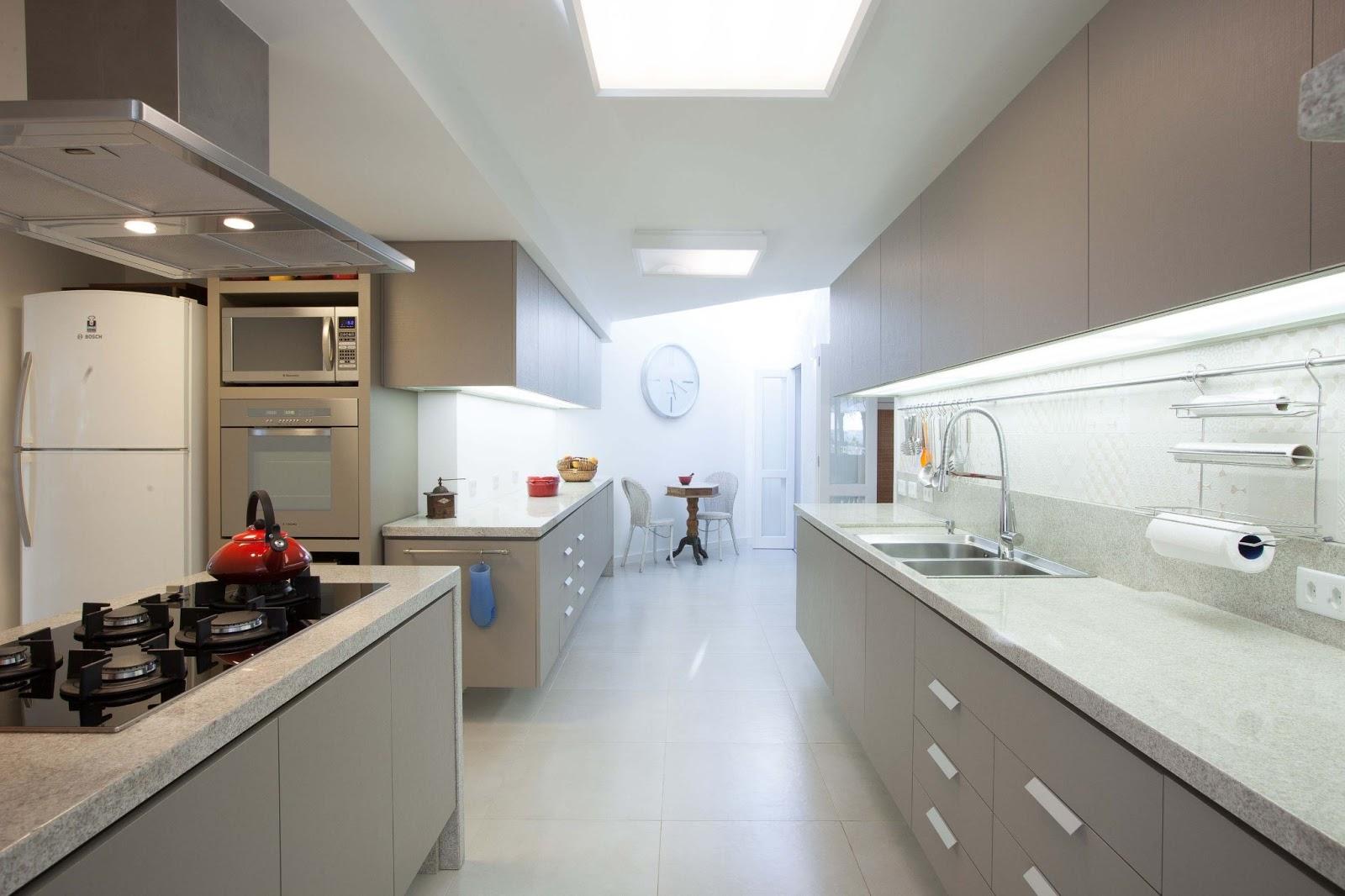 Projeto de reforma de cozinha lavabo e mobiliário para dormitório  #604B3F 1600 1066