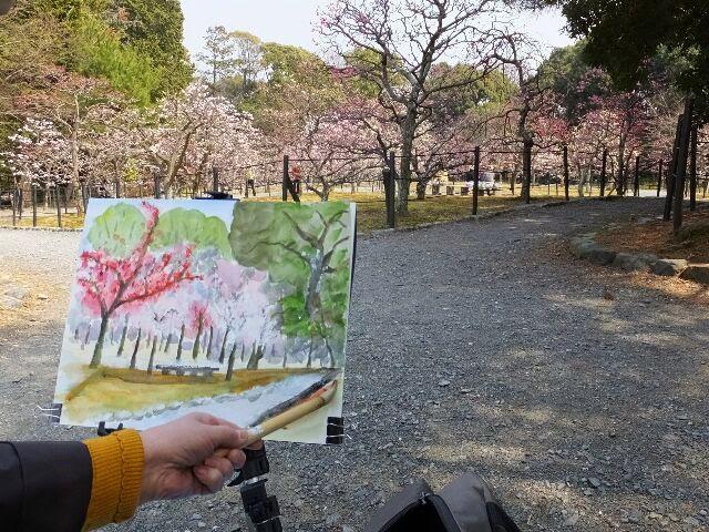 絵を描く人もいた。