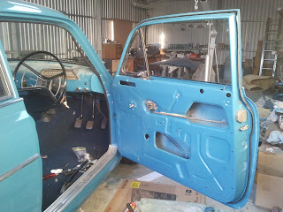A look inside the door of a Volvo Amazon