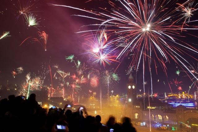 Fuegos Artificiales, año nuevo 2014, Hamburgo, Alemania