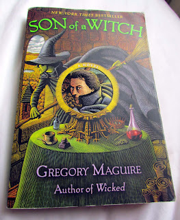 pretty, book covers, beautiful, awesome, good, paperback, hardbacks, photograph, illustrations, stack, pile of books, spines, appreciate, detail, cut out, Son of a Witch, Gregory Maguire, Wicked, witch, Oz,