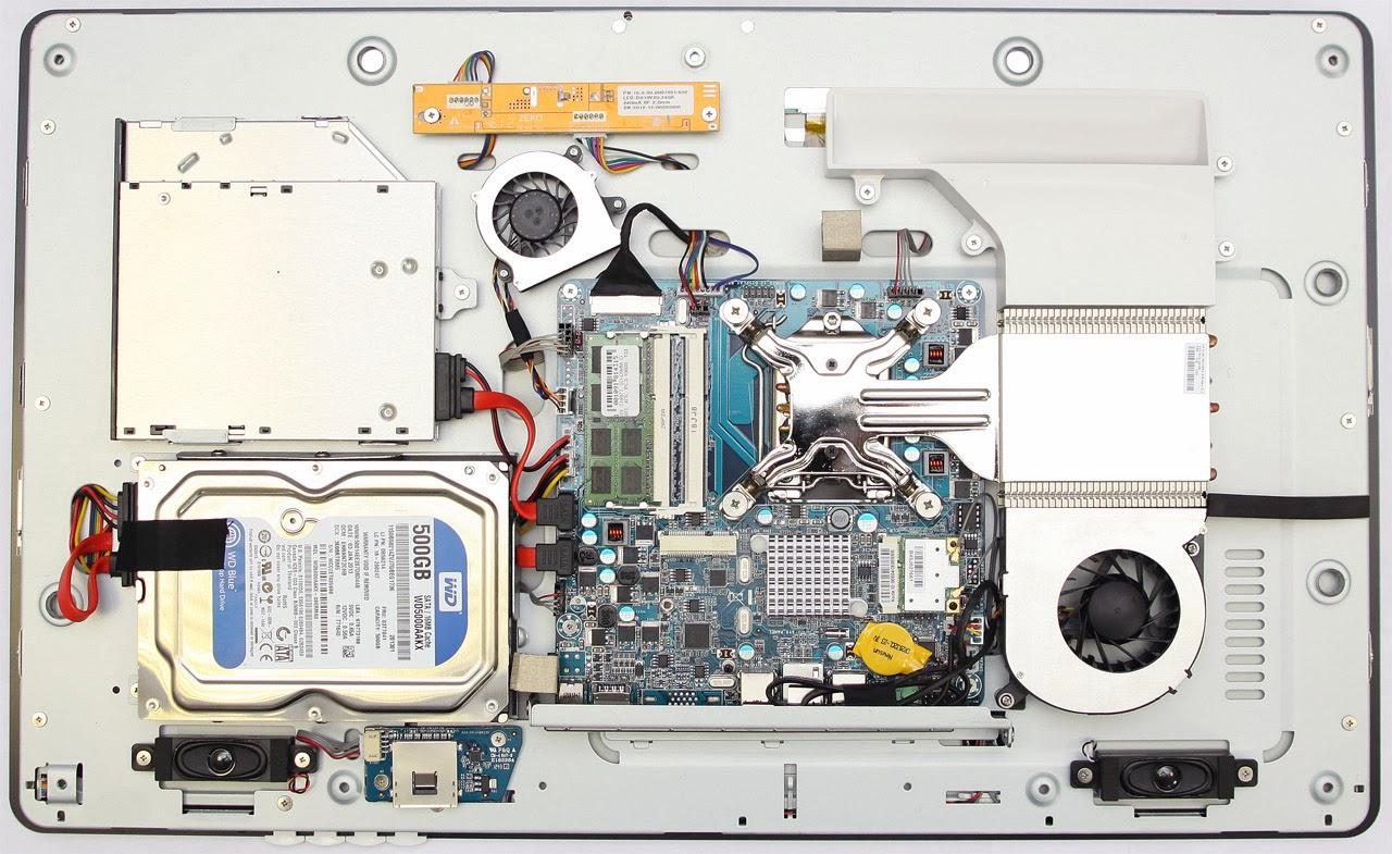 моноблок MicroXperts M400-01 со снятой задней крышкой