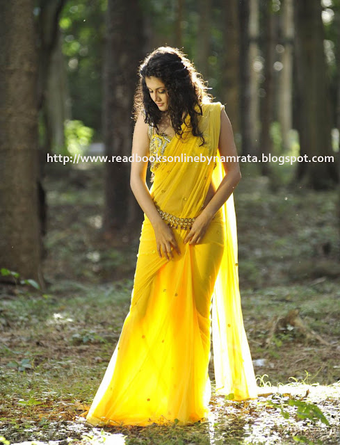 Tapsee-Latest-Saree-Stills-1_sarees designs 2012_7_readbooksonlinebynamrata