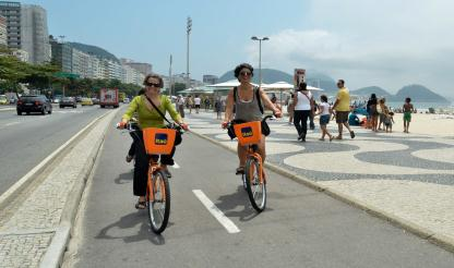Sistema de aluguer de bicicletas conquista os cariocas e torna-se moda no Rio de Janeiro