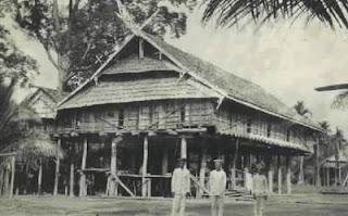 Download this Tentang Rumah Lamin picture