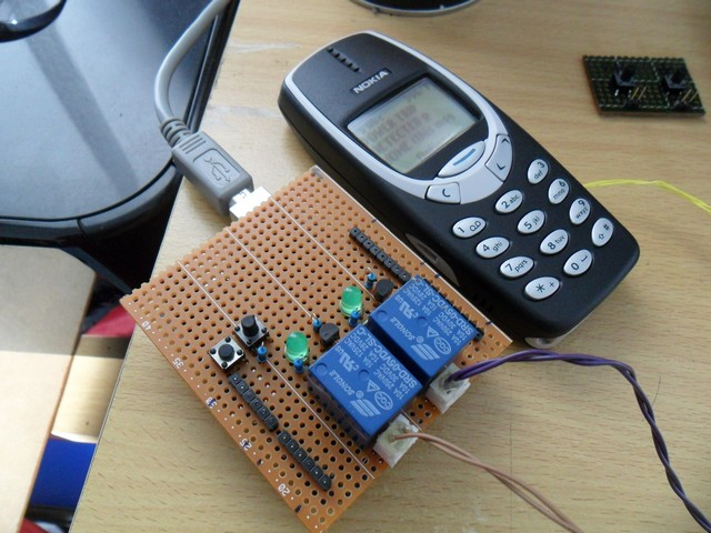 Gadget officer hacking the nokia as a cheap arduino