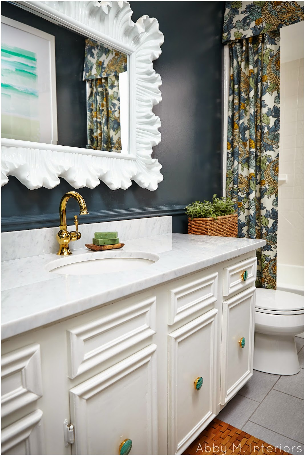 navy blue paint color for bathroom