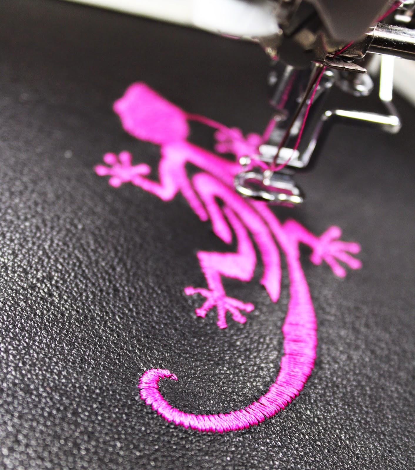 haft, stitch, jaszczurka haft na skórze, blogerka DIY, różowa jaszczurka