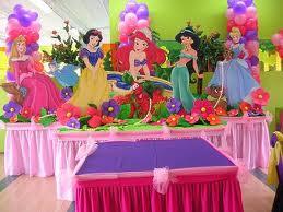 DECORACIÓN CON GLOBOS CON LAS PRINCESAS by decoracionesparafiestasinfantiles.blogspot.com