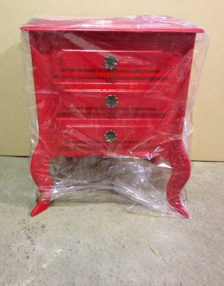 Criado vermelho 3 gav R$ 160,00