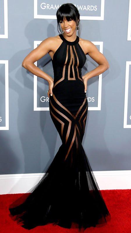 Кели Роуланд на Грами 2013 с черна рокля в силует русалка